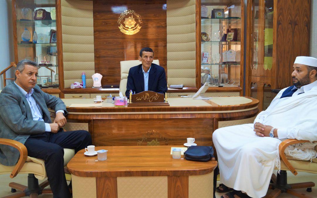لقاء بين الجامعة الأسمرية الإسلامية وجامعة الأزهر